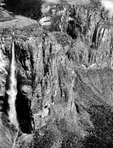 Angel Falls ● Churún Vena ● Salto Angel ©Photo: 1939 Carlos Freeman Archive/Jimmie Angel Historical Project